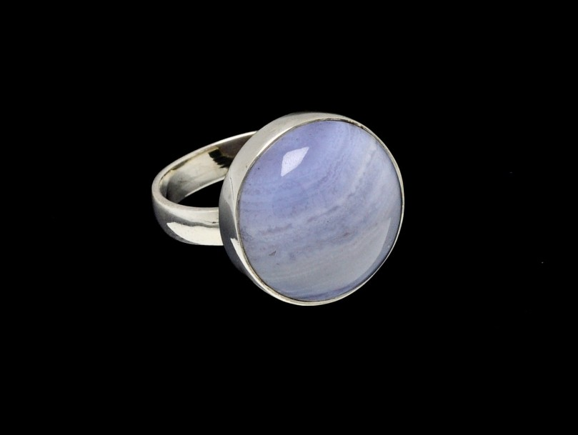 round cut 16mm blue lace agate ring