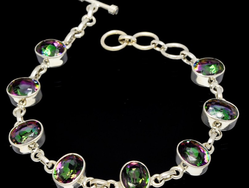 bracelet with mystic topaz