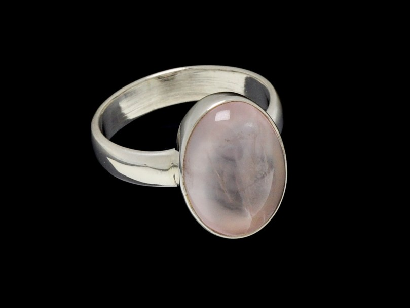 Ring Rose Quartz- 15mm x 10mm Oval Cut