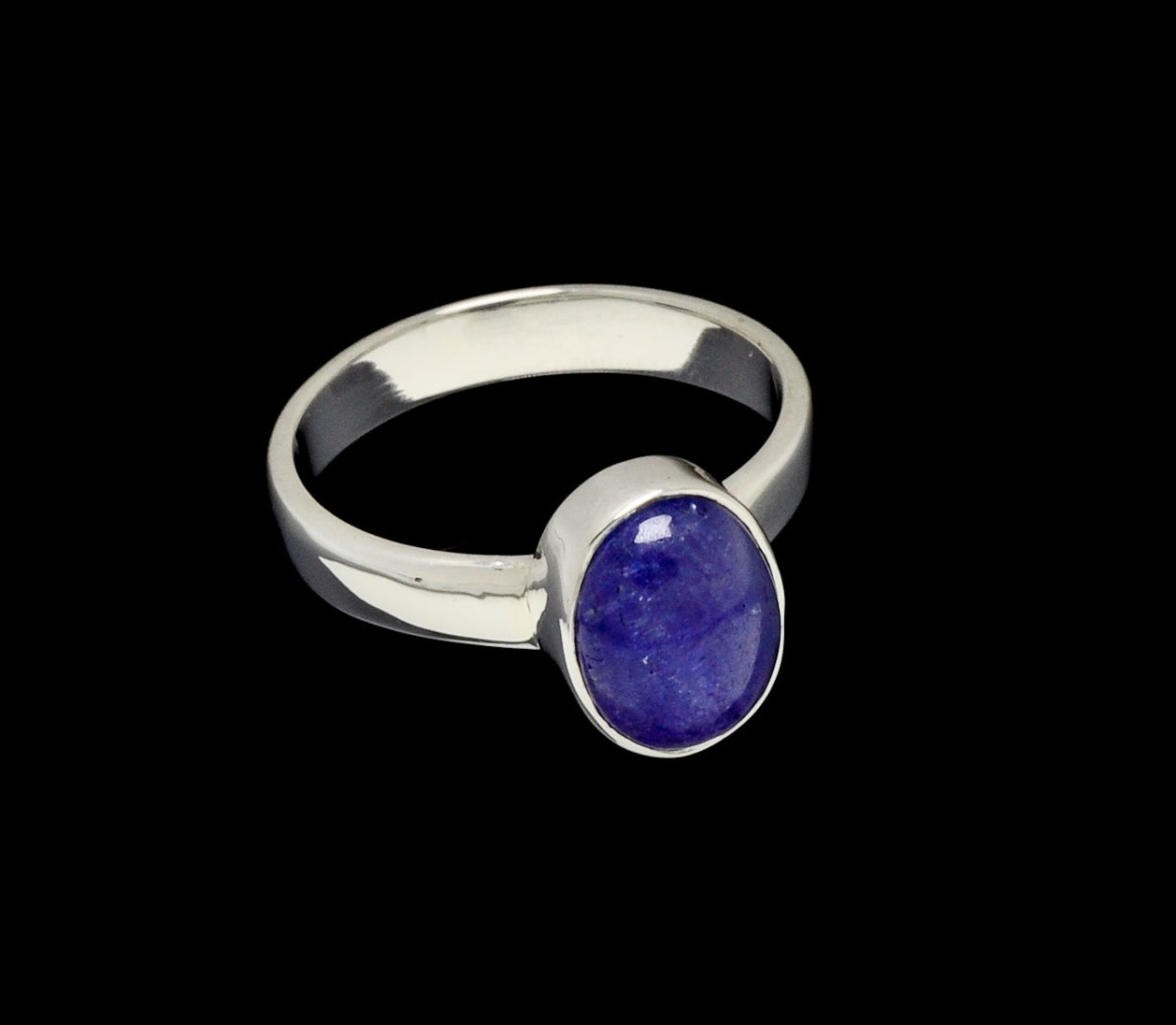 Tanzanite Ring 10mm x 7mm Oval Cut