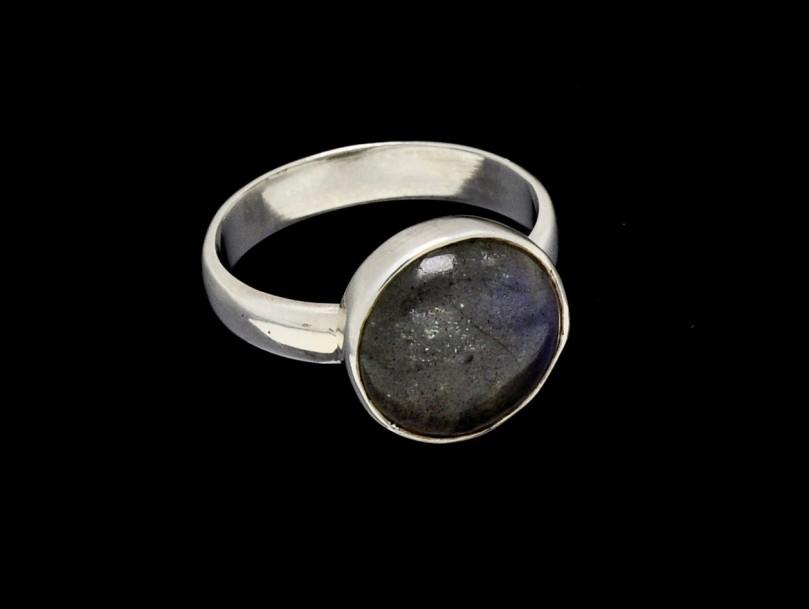 round cut Labradorite ring 13mm